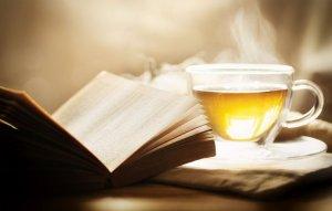Té y libro